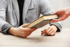 How Does A Being An Author Of A Book Help Your Business? [infographic]