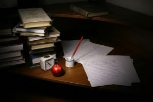 Things you need to know before hiring a ghostwriter